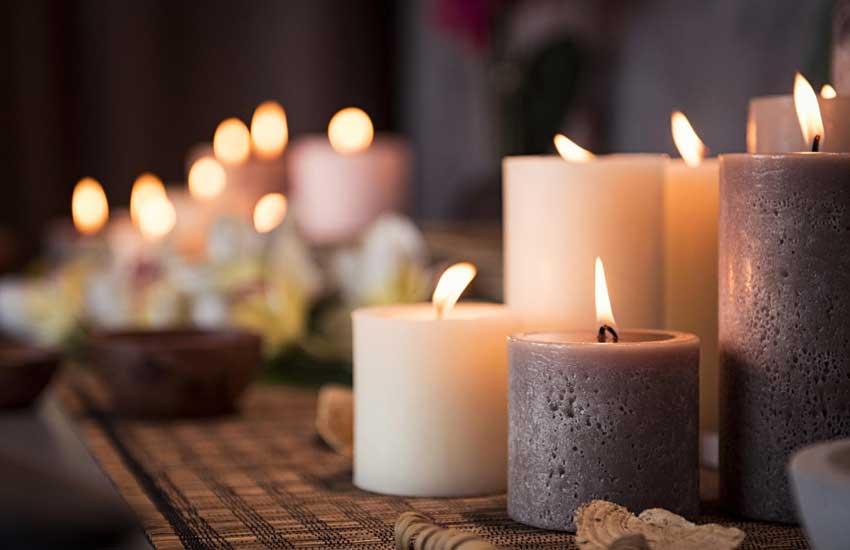 ماساژ شمع